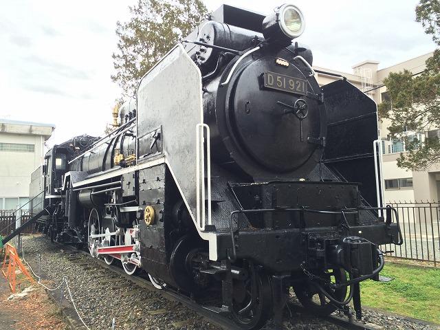 長野市篠ノ井にある蒸気機関車 D51