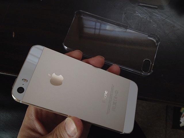 次に買う携帯電話は何にするか?iPhoneの値段が高すぎて、次の携帯何にしようか想像できない件