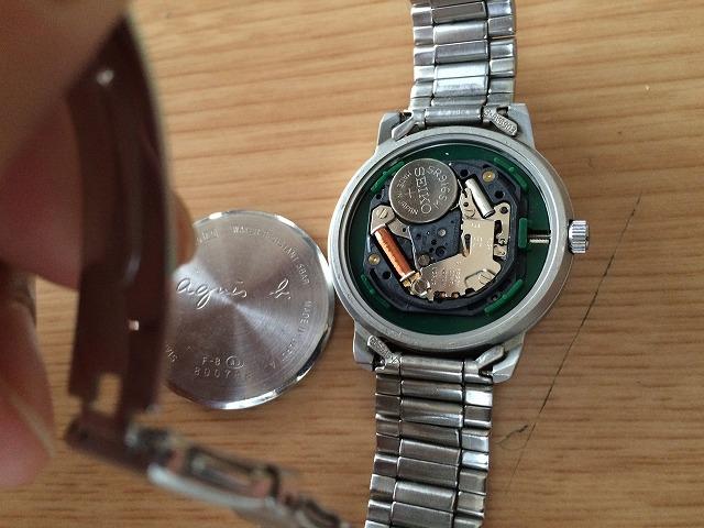 アニエス・べー agnisb V33J-0010の腕時計の電池交換をしてみた
