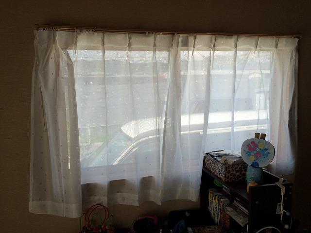 障子を張り替えるのが面倒なので、カーテンにしてしまった件その2